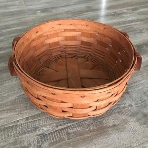 Longaberger 9 1/2 Inch Round Basket 🧺😍 ©️1989
